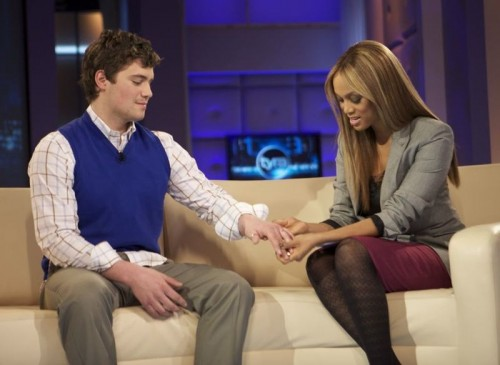levi-johnston-on-the-tyra-banks-show-500x365