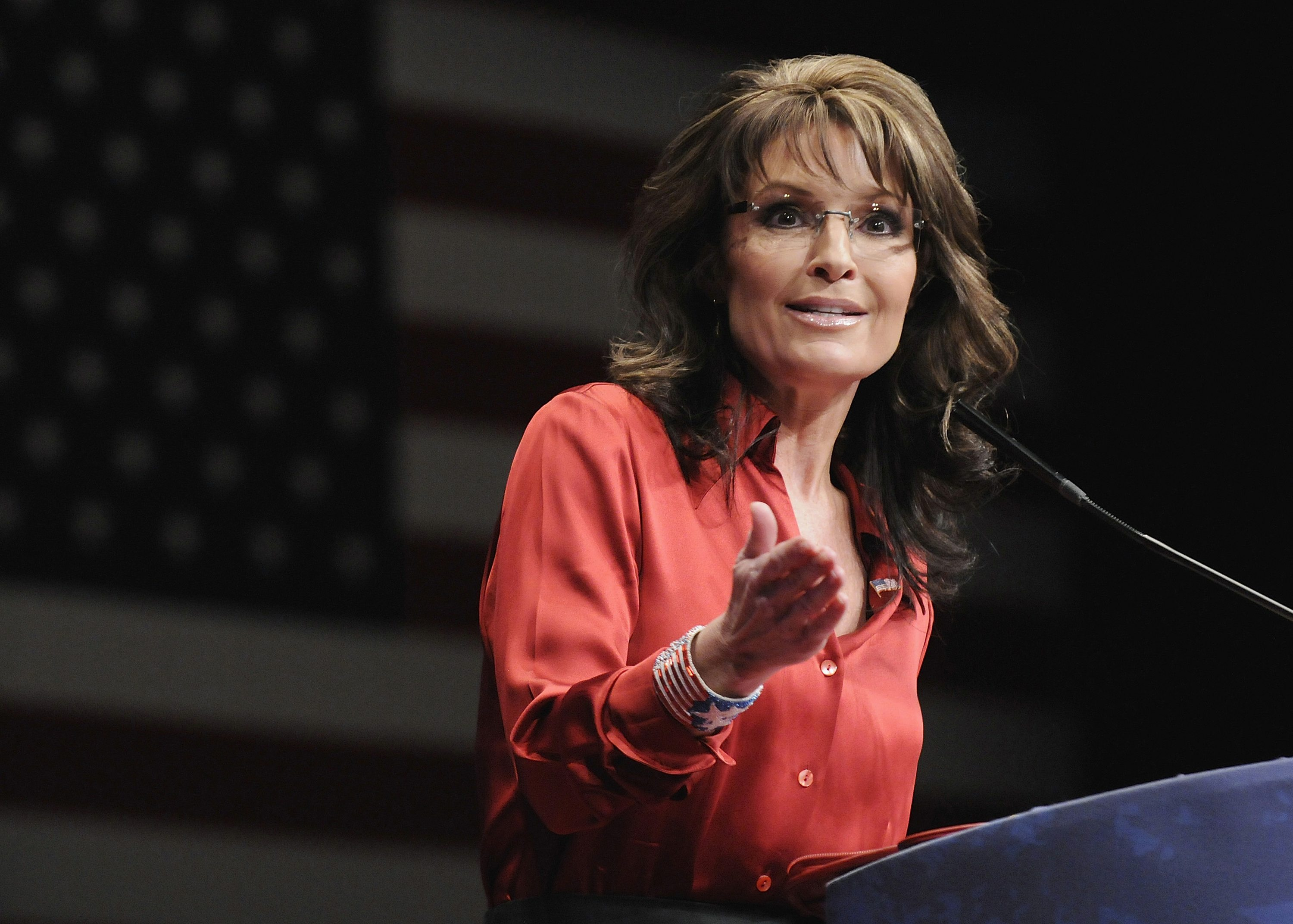 sarah palin But the well-dressed crowd of republican activists who gathered at president trump's mar-a-lago club here friday night still got a glimpse of party royalty there by the poolside, in a pink shirt and sport jacket, was donald trump jr, the president's eldest son and the headliner of the night was sarah palin,.