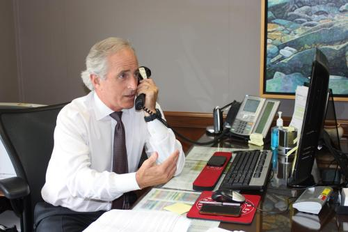 corker on the phone
