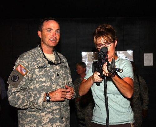 Palin in Kuwait Rifle Training