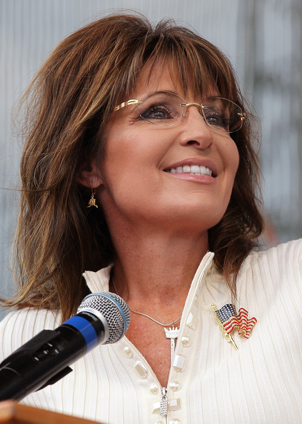 Sarah+Palin+Attends+Tea+Party+Restoring+America+E1bZ3DvITS9l