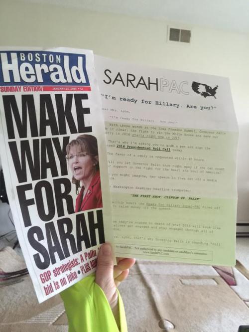 Sarah vs Hillary SarahPAC Mailer